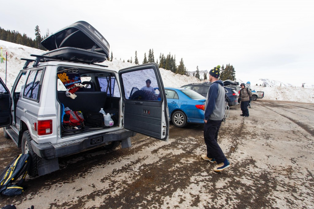 Getting set up in the parking lot at Berthoud Pass